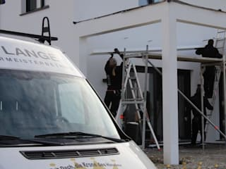 Dachdeckermeisterbetrieb Dirk Lange | Büro Herford Balcones y terrazas de estilo moderno Blanco