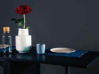 โต๊ะทำงานนีตช่า (Nietzsche Table) : ทันสมัย  โดย THUS FURNITURE, โมเดิร์น