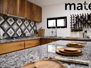 Mate taller Built-in kitchens Wood
