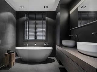Modern bathroom by Studio Mariska Jagt Modern