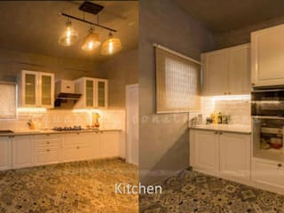 Residential Interiors :  Kitchen units by Square Up Construction & Interiors