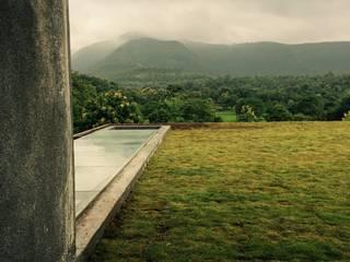 Villa,Khanapur:  Garden by Ground 11 Architects