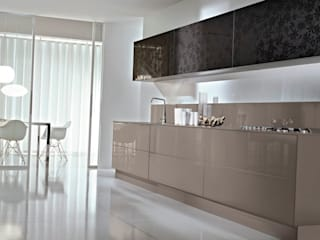 Are Acrylic Panels Scratch Resistant and Durable?: modern  by Suraj Acrylic Panels,Modern