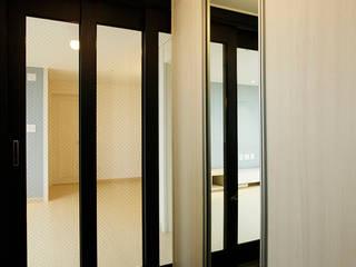 الممر الحديث، المدخل و الدرج من Design Daroom 디자인다룸 حداثي