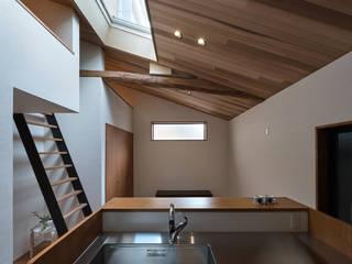 京都 西陣の家: I.M.A DESIGN OFFICE 一級建築士事務所が手掛けたです。,