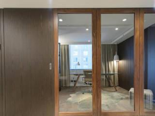Apartment.Melbourne:  Corridor & hallway by Ground 11 Architects,Modern