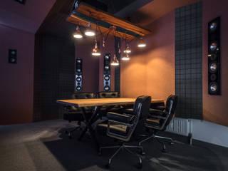 Smart-шоурум Atmosferoom: Гостиная в . Автор – Atmosferoom