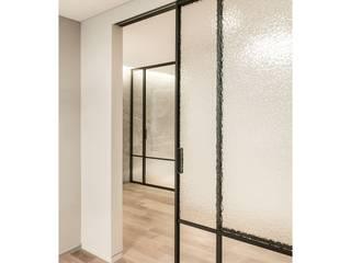 WITHJIS(위드지스) Inside doors Aluminium/Zinc Black