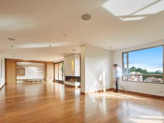 Remodelación de Apartamento en Bosque la Reserva Salas modernas de Sentido Interior Arquitectos Moderno