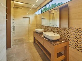 Remodelación de Apartamento en Bosque la Reserva Baños de estilo moderno de Sentido Interior Arquitectos Moderno