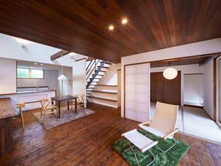HouseT2 オリジナルデザインの リビング の 一級建築士事務所 ima建築設計室 オリジナル