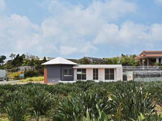 南城市の家 の プラソ建築設計事務所 モダン