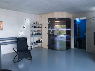 Industrial style spa by Safin Industrial
