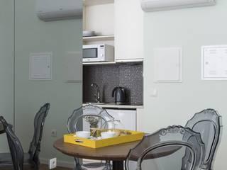 Reabilitação de Casa Para Guest House – Ambiente Palaciano de Outrora por Urban Obras