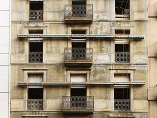 Construcción de edificio de oficinas con nuevas tecnologías en Barcelona de Xmas Arquitectura e Interiorismo para reformas y nueva construcción en Barcelona