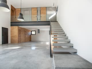 Stairs by MODULAR HOME,
