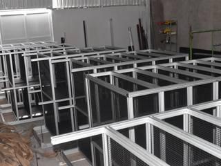 Racks de Aluminio 80/20:  de estilo industrial por Aufsten, Industrial