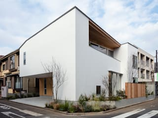 Multi-Family house by hm+architects 一級建築士事務所, Modern