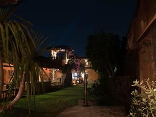 Casa Chica de Cortes, AT arquitectos, México. de AT arquitectos Colonial