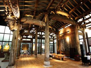 Tejados de estilo  de 台中室內建築師|利程室內外裝飾 LICHENG, Asiático