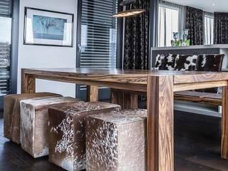 Comedores de estilo  por zon Eichen - Handwerk und Interior, Moderno