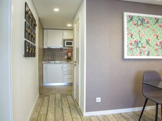 Alojamento Local em Sesimbra Hotéis modernos por LACd'A HOME - Arquitectura e Interiores Moderno