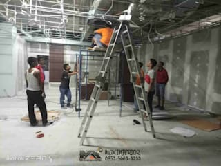 Modern office buildings by MAX INTERIOR PEKANBARU Modern