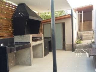 AOG Balcones y terrazas de estilo moderno Derivados de madera Acabado en madera