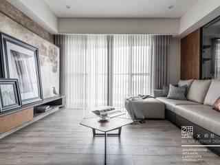 Salas / recibidores de estilo  por 百玥空間設計, Moderno