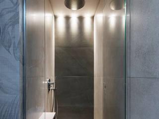 CASA A SAN FELICE CIRCEO Bagno moderno di STUDIO ACRIVOULIS Architettra + Interior Design Moderno