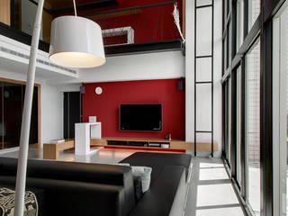 跳脫框架:  客廳 by 邑舍室內裝修設計工程有限公司,