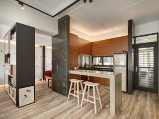 Phòng ăn theo 邑舍室內裝修設計工程有限公司, Châu Á