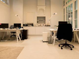 Elandsstraat 44:  Kantoorgebouwen door Van Wilsem & Cabri - Architectuur en Management, Modern