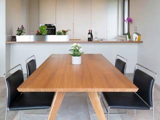 Comedores de estilo minimalista de Soffici e Galgani Architetti Minimalista