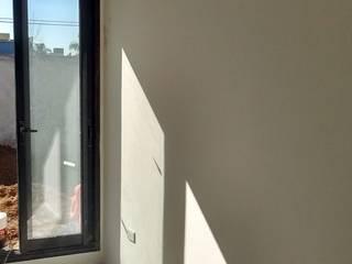 revestimiento y pintura: Casas de estilo  por PINTAREN LAPLATA