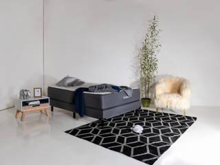 Umibed by moblum, el colchón en caja con tela de bambú de moblum Moderno