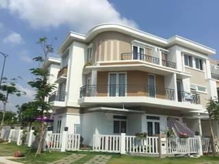 Hoàn thiện nội thất nhà liền kề dự án Lovera Park Bình Chánh.:  Nhà by Công ty TNHH Thiết Kế Xây Dựng Song Phát