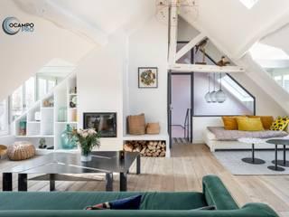 Salones de estilo moderno de Ocampo pro Moderno