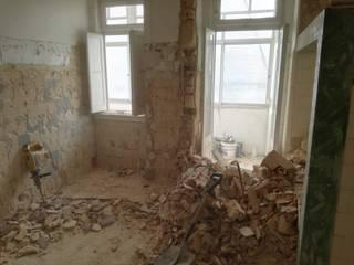 Reabilitação Apartamento Lisboa T3+T1 Duplex (em execução) por MAW - Masters at Work, Lda.