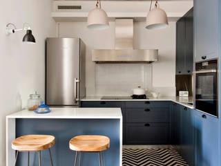 Padilla Cocinas de estilo mediterráneo de THE ROOM & CO interiorismo Mediterráneo