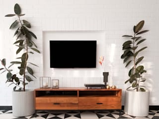 EL ARBOL- GOA Rustic style media room by Josmo Studio Rustic