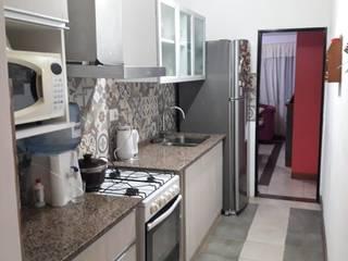 Cocinas de estilo moderno de Sofía Lopez Arquitecta Moderno