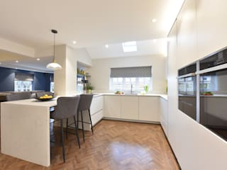 Mr & Mrs Tennant Diane Berry Kitchens Built-in kitchens Quartz White