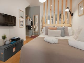 Rafaela Fraga Brás Design de Interiores & Homestyling Small bedroom Wood effect