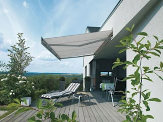 Balcones y terrazas de estilo moderno de Markisen Zanker im Raum Stuttgart Moderno