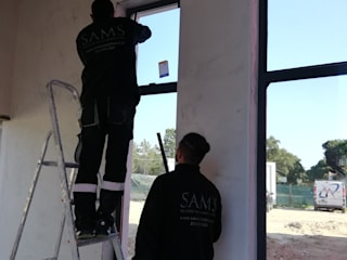 Industriële ramen & deuren van SAM'S - Soluções em alumínio e PVC Industrieel