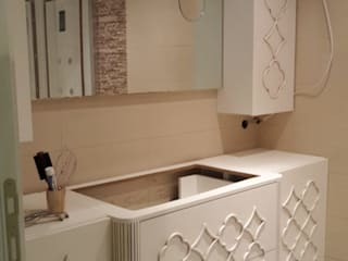 MOBILAC DESIGN – Banyo Lavabo Dolabı ve Portmanto: modern tarz , Modern