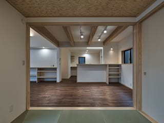 北下馬野町の家 新築工事 の Echizen Ryouta Design Laboratory 和風