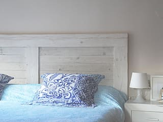 Naturalis Muebles Ecológicos BedroomBeds & headboards Solid Wood Wood effect