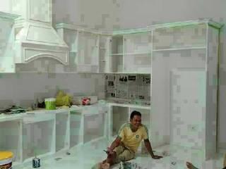 Pembuatan Kitchen Set :  Dinding by Harade  Interior